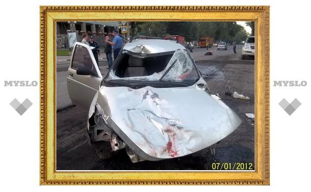 В Туле легковушка разорвала двух дорожных рабочих