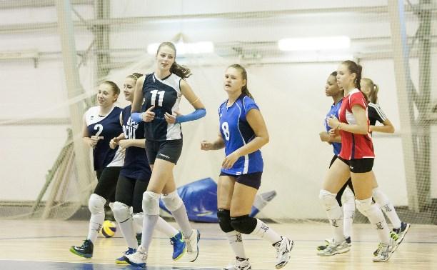 Тульские волейболистки готовятся к сезону в Высшей лиге
