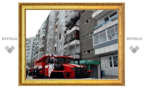 За сутки произошло два пожара на четвертом этаже