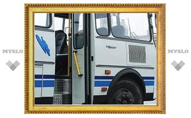 В Тульской области погибла пассажирка транспорта из-за рассеянности водителя.