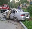 В Киреевском районе ВАЗ протаранил столб