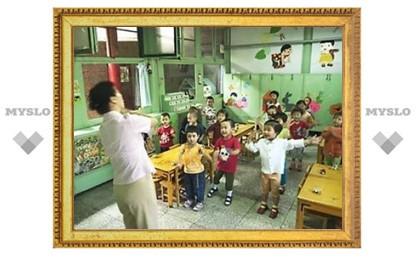 В Китае вооруженный мужчина напал на воспитанников детского сада