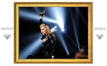 На Мадонну подали в суд из-за Марлона Брандо