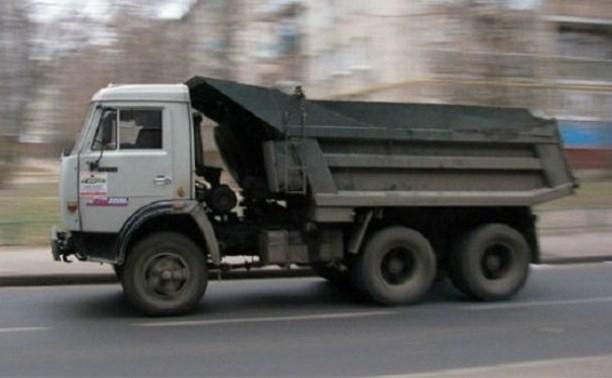 В Пролетарском районе КамАЗ сбил пенсионерку