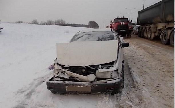 На трассе «Крым» столкнулись шесть автомобилей, есть пострадавшие