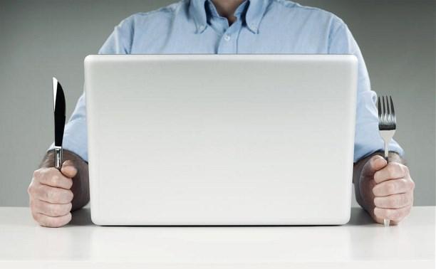 Россияне смогут заказывать санкционные продукты в интернете