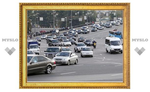 Госдума согласилась снизить транспортный налог вдвое