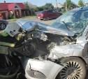 В Узловой «Форд» столкнулся с грузовиком