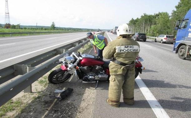 30-летний байкер разбился в ДТП с грузовиком