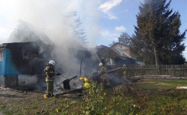 В Туле сгорел жилой дом в Колхозном переулке