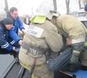 В Узловой пострадавшего в ДТП водителя извлекали из машины с помощью специнструмента