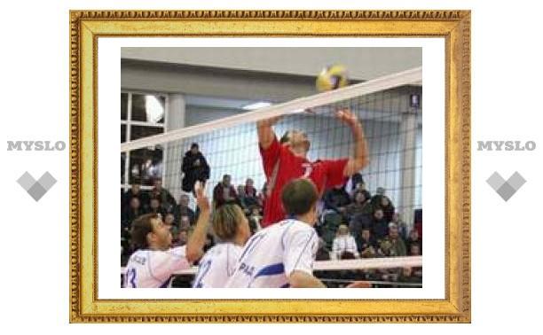 Тульские волейболисты трижды победили