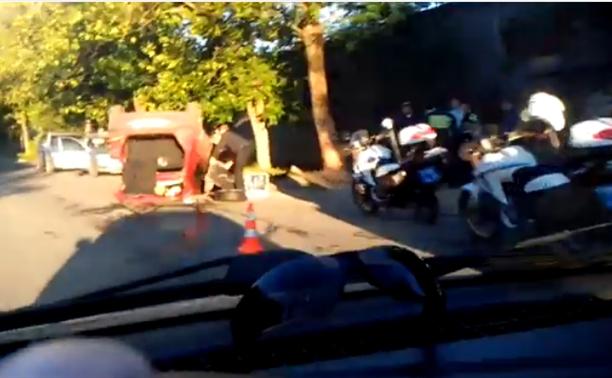 В Привокзальном районе перевернулся автомобиль