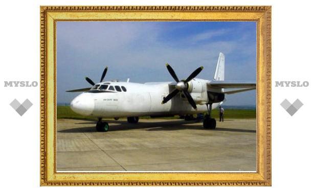 Самолет Ан-24 сел на воду возле Нижневартовска