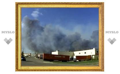 Из-за пожаров в Канаде эвакуировали целый город