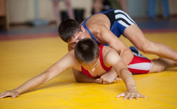 Тульские борцы греко-римского стиля привезли 12 медалей из Михайлова