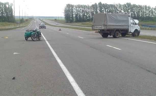 Водитель и два пассажира мотоцикла пострадали в ДТП на автодороге «Тула — Новомосковск»