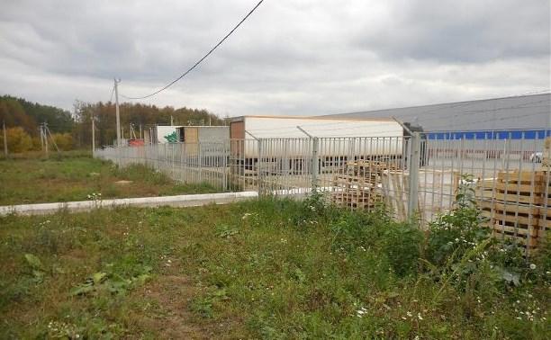 Суд обязал освободить самовольно занятый участок в посёлке Петровский