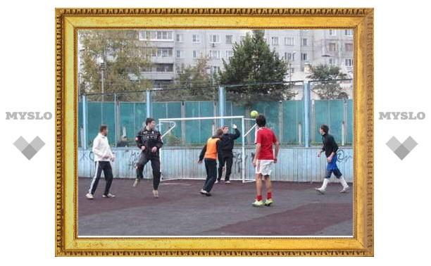 Кубок по дворовому футболу собрал более ста участников