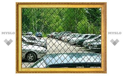 В Туле охранник автостоянки подрался с клиентом