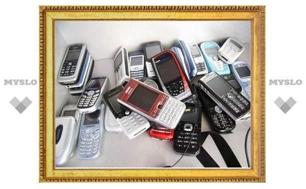 Туляк украл из магазина сотовые телефоны