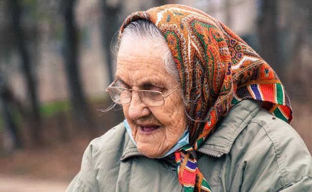 Тульским пенсионерам помогут с бесплатной доставкой продуктов