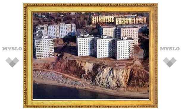В Хабаровске поймали фальшивомонетчиков с семью тысячами долларов