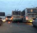На проспекте Ленина столкнулись автобус, троллейбус и маршрутка