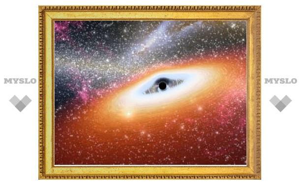 Астрономы нашли самые старые сверхмассивные черные дыры