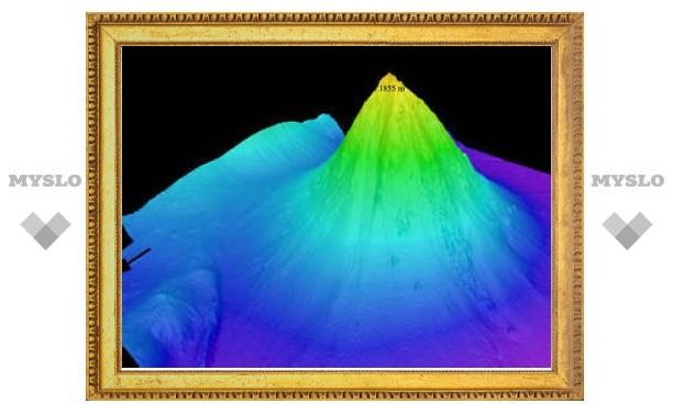 У берегов Индонезии нашли действующий подводный вулкан
