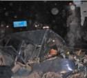 В Ленинском районе столкнулись бензовоз и легковушка