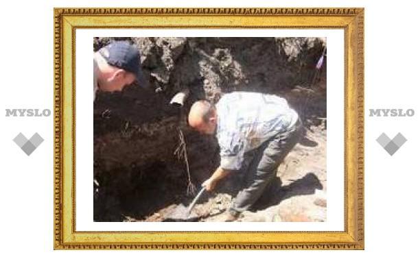 Туляки нашли захоронение сподвижника Петра I