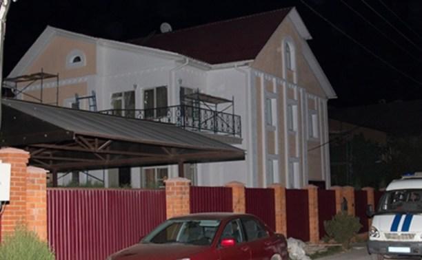 Ночью в Маслово пьяный экс-полицейский открыл стрельбу по соседям