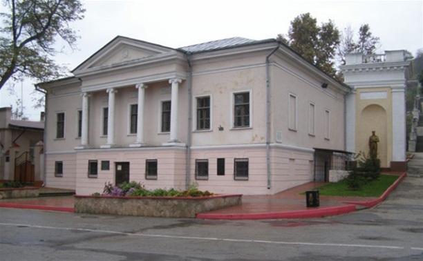 Тульская область отправит в Керчь две тематические выставки
