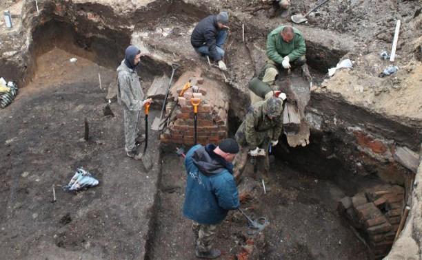Под массовым захоронением в центре Тулы обнаружили печь