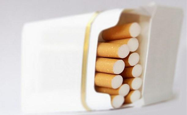 Устрашающие картинки могут появиться на обеих сторонах пачек сигарет