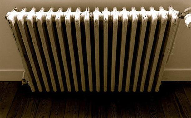 Отопление в дома пущено, просто идут регулировочные работы
