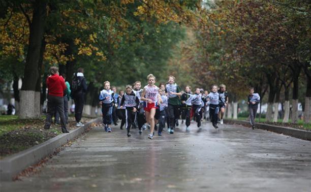 Тульские легкоатлеты пробегут по Белоусовскому парку