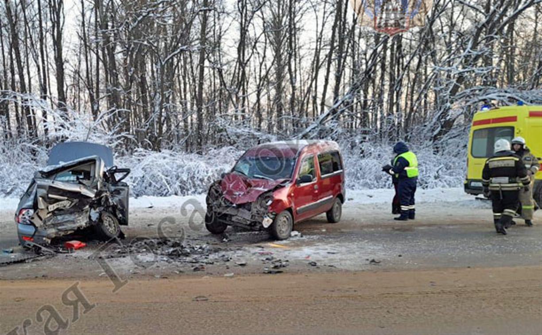 В Киреевском районе Lada влетела в Renault
