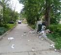 В Туле управляющая компания 2 недели не вывозит мусор от домов