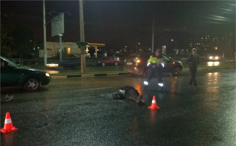На улице Ложевой в Туле внедорожник «Лексус» насмерть сбил женщину