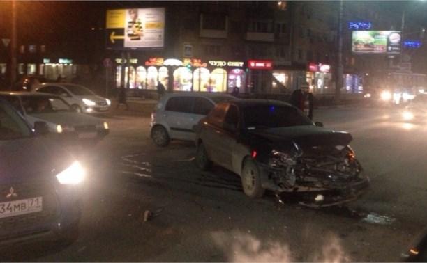 Из-за двух аварий Красноармейский проспект встал в пробке