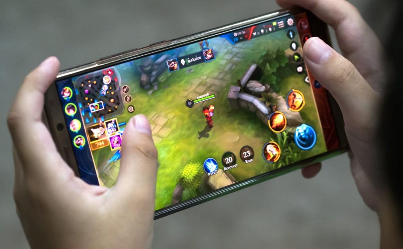 В интернете станет больше платных сервисов и игровых автоматов