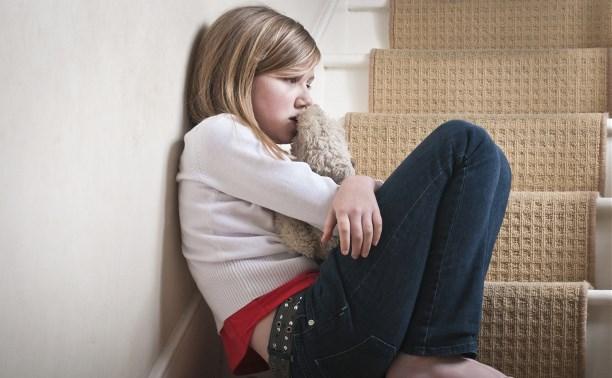 Житель Арсеньевского района обвиняется в развратных действиях в присутствии 13-летней девочки