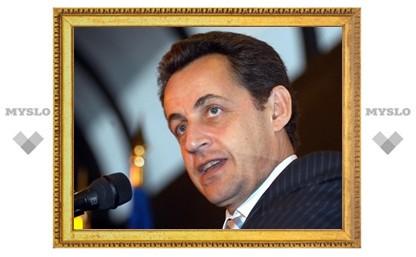 Саркози пообещал помочь Греции