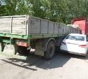 В Туле в столкновении грузовика и легковушки пострадала женщина