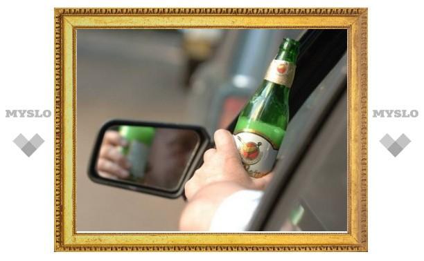 Пьяный водитель сбил двух девочек