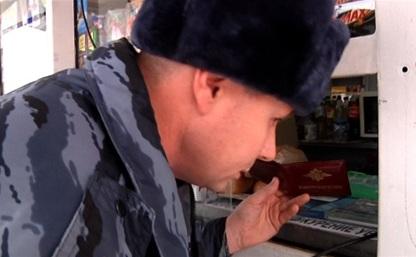 Полиция провела рейды по магазинам, продающим алкоголь