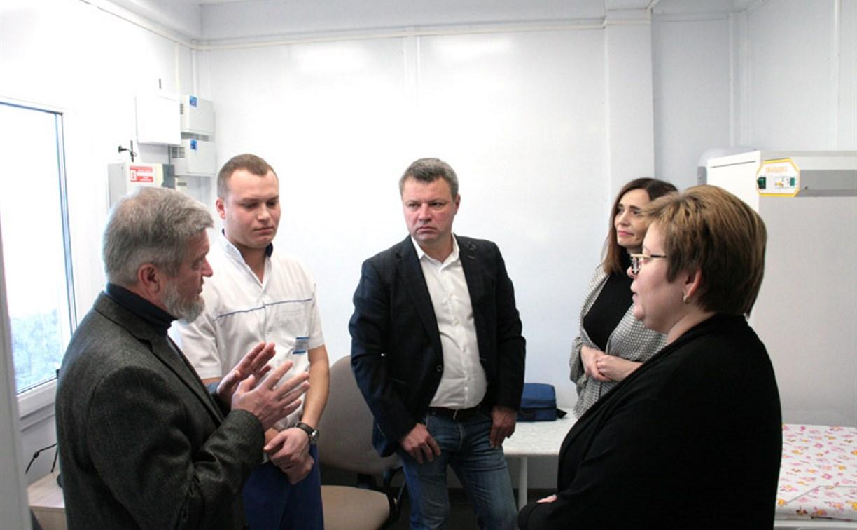 Депутаты тульской облдумы осмотрели новый ФАП в Егнышевке