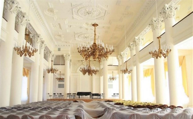 Дом Дворянского собрания откроется в конце апреля